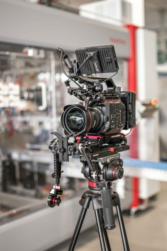 Panasonic EVA1 Kamera Setup bei Somic Dreh, Somic GmbH, Behind The Scenes Fotografie, WINGMEN Media